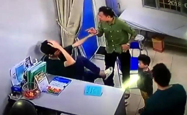 Bảo vệ bác sĩ tránh bị hành hung với hệ thống báo động đỏ