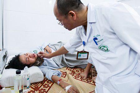 hướng dẫn cách dùng hệ thống gọi y tá trực tại bệnh viện bạch mai