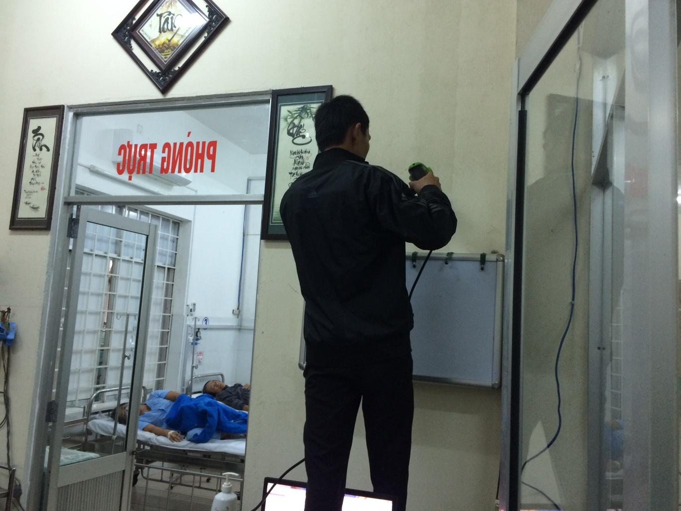 Lắp bảng hiển thị chuông gọi y tá SR-2003 cho trung tâm y tế quận Ngũ Hành Sơn Đà Nẵng