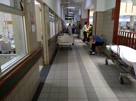 nhận xét của chị trà về hệ thống chuông gọi y tá không dây tại bệnh viện bạch mai